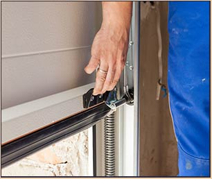 Garage Door Mobile Service Villa Park, IL 630-934-7085